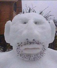 Фото: Страшный снеговик...