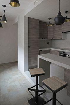 """Smolenka """"Oak Tube'' Apartment / Peter Kostelov"""