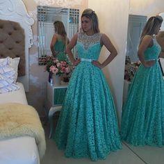 """""""Lindo vestido da @bameloteodoro Amo os vestidos da @bameloteodoro  Os vestidos mais lindos do insta @bameloteodoro  Todos perfeitos e feito sob medida…"""""""