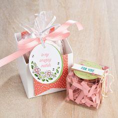 【ザッツ・ザ・タグ・バンドルセット】 ザッツ・ザ・タグ・スタンプセットとThinlitsダイ・タイムレス・タグで、簡単にタグがつくれます。バレンタインやお祝い、母の日まで、バリエーションが楽しめる汎用性のあるセットです。