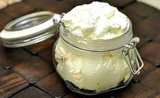 Домашняя кухня: У меня на столе всегда свежее сливочное масло. Делаю его сама в обычной стеклянной банке Jar, Recipes, Blog, Recipies, Blogging, Ripped Recipes, Cooking Recipes, Jars, Glass