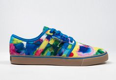 adidas Originals teams up with artists Kevin Lyons and Jean Andre in an effort to bring fashion, art, and music onto one medium. The adidas Originals Seely and Adi-Ease, two popular skate models, are imagined in four different ways, with … Continue reading →