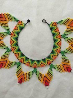 Native American Beadwork, Bead Jewellery, Beading Tutorials, Bead Art, Pottery Barn, Jewerly, Collars, Diy And Crafts, Crochet Necklace