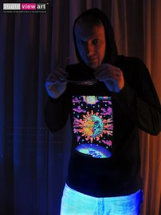 """Magic Sunmoon"" UV Black Light Fluorescent & Glow In The Dark Psychedelic Art Mens Hoodie in Black, £28 in Tripleview Art Etsy Shop _____________________________ #psychedelic #psy #trance #psytrance #goatrance #rave #trippy #hippie #esoteric #mystic #spiritual #visionary #symbolism #UV #blacklight #fluorescent #fluoro #fluo #neon #glow #glowinthedark #phosphorescent #luminescent #art #hoodie #sunandmoon #sunmoon #kiss #yinyang #aum #om www.TripleviewArt.com"