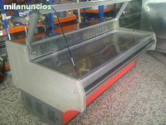 . Se Vende vitrina refrigerada INFRICO  Mod.VR2500. En perfecto estado y lista para su uso. Interesados contactar para negociar precio. Diego.