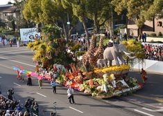 Float Celebrates Dole's Commitment to the Community, the Environment and Sustainability WESTLAKE VILLAGE, CA/January 1, 2018 (STL.News) – Dole Packaged Foods, LLC is proud to announce that its 2018 Rose Parade® float, Sharing Nature's Bounty, took home the Grand Marshal award ... Read More Details: https://www.stl.news/dole-packaged-foods-wins-grand-marshal-award-2018-tournament-roses-parade-sharing-natures-bounty/59745/