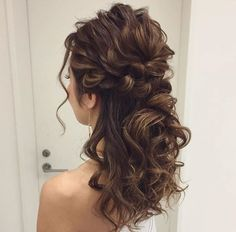 Wedding Hairstyles Medium Length Curls Half Up Up Dos Ideas – Weddings… - All For Bridal Hair Half Up Half Down Hair Prom, Prom Hair Down, Half Up Wedding Hair, Wedding Hair And Makeup, Bridal Hair, Prom Hairstyles Half Up Half Down, Dress Wedding, Best Wedding Hairstyles, Fancy Hairstyles