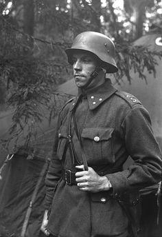 German Soldiers Ww2, German Army, Army History, Luftwaffe, Navy Air Force, Germany Ww2, Military Photos, Red Army, Vietnam War