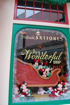 It's a Wonderful Shop