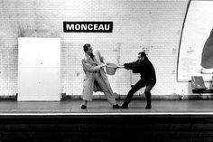 Mises en scènes du nom des stations du métro de Paris metro paris litteral 02 photographie bonus