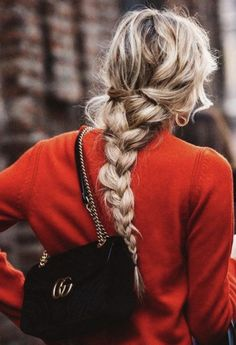 Messy Braid for winter #hairstyle #braid #highlights