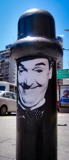 Caracas: Art with Hat | VISIT FULL POST: http://caracasshots.blogspot.com/2012/11/street-art-art-with-hat.html | #Caracas #StreetArt #Photography