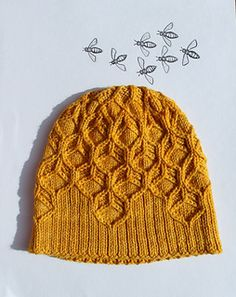 The 'Beeswax hat' - a sweet honeycomb-cabled hat by Amy van de Laar