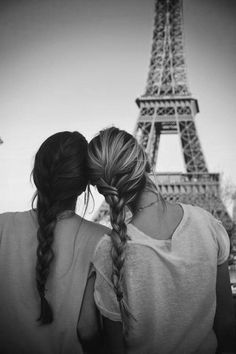 BFF in Paris. I relate so much to this because my BFF is blond and I'm brunette Best Friend Goals, My Best Friend, Closest Friends, Dear Friend, Best Friend Things, Friends Like Sisters, Dear Sister, Friend Loves, Two Best Friends