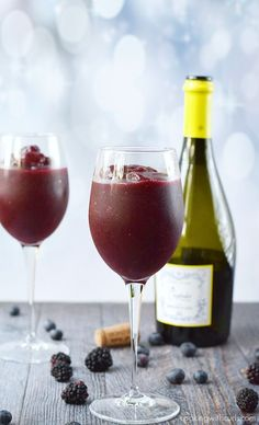 Wine Smoothie - the perfect summer time slushie for adults  cookingwithcurls.com