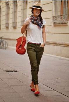 Looks con verde militar para otoño   ActitudFEM