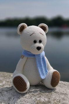 Free crochet bear amigurumi pattern #amigurumipattern #amigurumi #crochettoy #crochetpattern #crochetbear #amigurumibear #amigurumitoy #freeamigurumipatterns