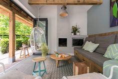 Inrichting tuinhuis, door Hal2, www.hal-2.nl Tiny Spaces, Outdoor Living, Outdoor Decor, Patio, Living Room, Modern, Laundry, House, Inspiration