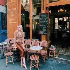 1940s Fashion Dresses, Sixties Fashion, French Girl Style, French Girls, French Models, French Brands, French Wardrobe Basics, Louise Follain, Champagne