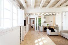 Plafonds poutres apparentes sur pinterest - Salon avec poutres apparentes ...