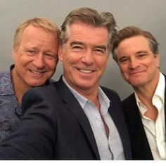 The Dads of Mamma Mia! Here We Go Again taking a selfie like only Dads can showing being stylish and well groomed doesnt have an age limit. Open until 5 today. Pop in and up your gentlemanly game. Mamma Mia, Kino Film, Pierce Brosnan, Colin Firth, Hollywood Star, Film Serie, Meryl Streep, Great Movies, Famous Faces