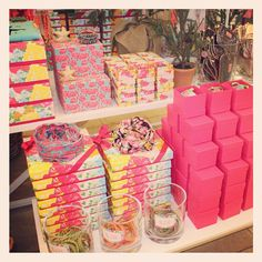 Lilly boxes and gifts for under the tree! #lillyholiday