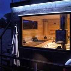 93 mentions J'aime, 1 commentaires - @marinbastun sur Instagram : « Hösten är här... Tid för massa härliga bastubad! #sauna #floatingsauna #bastu #saunaboat… » Outdoor Sauna, Sauna Design, House In Nature, Saunas, Spa, Lodges, Tiny House, Architecture Design, Sauna Ideas