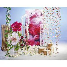 Dekoidee Pfingstrosen Durch ihre zarten Rosa-Töne sind Pfingstrosen, ob als Ranke, als Blüten oder auch als XXL-Blume, Teil einer leichten und romantischen Frühlingsdekoration.  http://www.decowoerner.com/de/Saison-Deko-10715/Fruehling-Ostern-10729/Komplette-Dekoideen-Fruehling-Ostern-11324/Dekoidee-Pfingstrosen-642.620.00.html