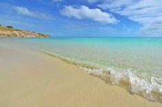 Australia..... endless beaches, blue skies..