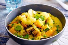 Unser beliebtes Rezept für Gemüse-Kartoffel-Curry und mehr als 55.000 weitere kostenlose Rezepte auf LECKER.de.