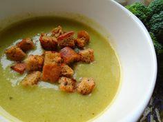 Brokolicová polievka s krutónmi Thai Red Curry, Meat, Chicken, Ethnic Recipes, Food, Essen, Meals, Yemek, Eten