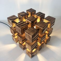 Lampe de bureau original en bois carré lampe par Uniquelightingco