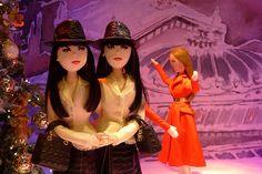 http://www.journaldesvitrines.com/mode-femme-homme/inspirations-parisiennes-dior-vitrines-noel-printemps/