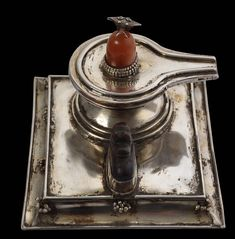 Silver Shivalingam Shrine with Attendant Nandi, set with Carnelian & Pearls - Michael Backman Ltd Shiva Art, Hindu Art, Kali Statue, Mercedes Benz Wallpaper, Silver Pooja Items, Shiva Lord Wallpapers, Durga Maa, Pooja Rooms, Interior Colors