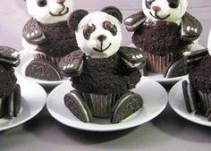 Panda Oreo Cupcakes! Adorable :)