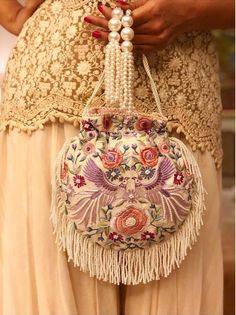 Beautiful Potli Bag Designs to Carry at Wedding Ceremonies Potli Bags, Embroidery Bags, Unique Purses, Beaded Bags, Fabric Bags, Girls Bags, Luxury Bags, Handmade Bags, Bridal Accessories