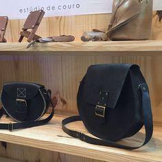 @estudiomatulao Saddle Bags, Chloe, Fashion, Moda, Fashion Styles, Fashion Illustrations