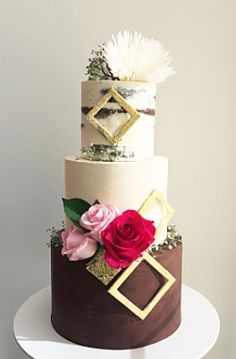 Geometric naked cake by Don't Tell Charles ♥