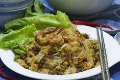 Kwe Tiauw Kerang Kwe Tiauw sangat populer di Medan, dihidangkan untuk sarapan, makan siang maupun malam… Kwe tiauw kerang ada...