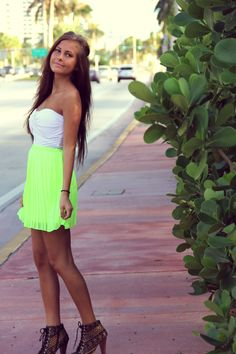 White and lime green! Love it! <3 <3