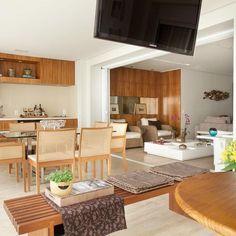 Celebrate Design With Liliana Zenaro Interior Design Career, French Interior, Celebrity Houses, Interior Exterior, Interiores Design, Cool Kitchens, Outdoor Furniture Sets, Interior Decorating, Sweet Home