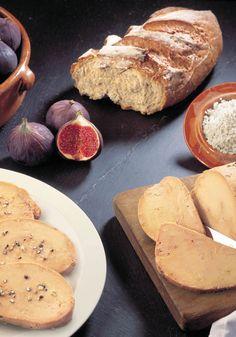 Mi-cuit ou en conserve, le foie gras d'oie reste le plus fin de tous. Réputé des connaisseurs pour la fermeté de sa chair et sa finesse, c'est le must pour Noël. #terroir #Noël Notre article du Mag décembre ici http://bit.ly/FoieGrasDoie