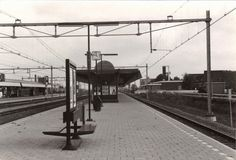 Station Weesp (jaartal: 1980 tot 1990) - Foto's SERC