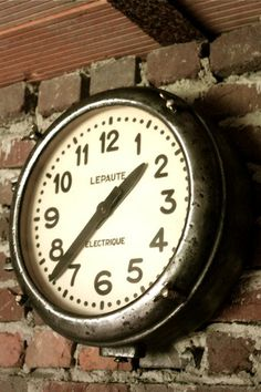 Horloge industrielle Lepaute