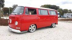 ♠ Vw Bus T2, Volkswagen Minibus, Vw T1, Vw Camper, Campers, Custom Classic Cars, Vw Classic, Caravelle Vw, Vw Wagon