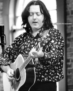 That One Person, Take That, Drunk Woman, Rory Gallagher, Liver Failure, Odd Fellows, Light Of My Life, Him Band, To Loose