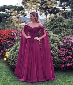 71ed3dfb8 28 melhores imagens de Roupa medieval feminina | Costume design ...