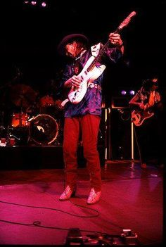 Rock And Roll Bands, Rock Bands, Rock N Roll, Brandy Love, Stevie Ray Vaughan, Extraordinary People, Blues Rock, Record Producer, Famous Faces