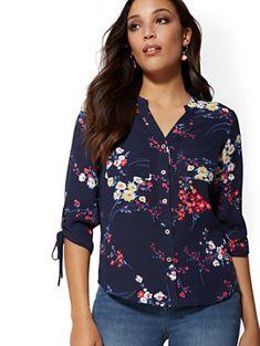The Meghan Shirt - Floral - New York & Company Sexy Blouse, Work Blouse, Petite Fashion, Floral Fashion, Express Portofino Shirt, Maxi Shirts, Blouses For Women, Fall Outfits, Women Wear