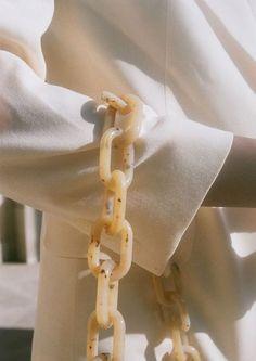 Beige Outfit, Collection Louis Vuitton, Fashion Gone Rouge, Jacquemus, Fashion Details, Fashion Tips, Curvy Fashion, Modest Fashion, Hijab Fashion